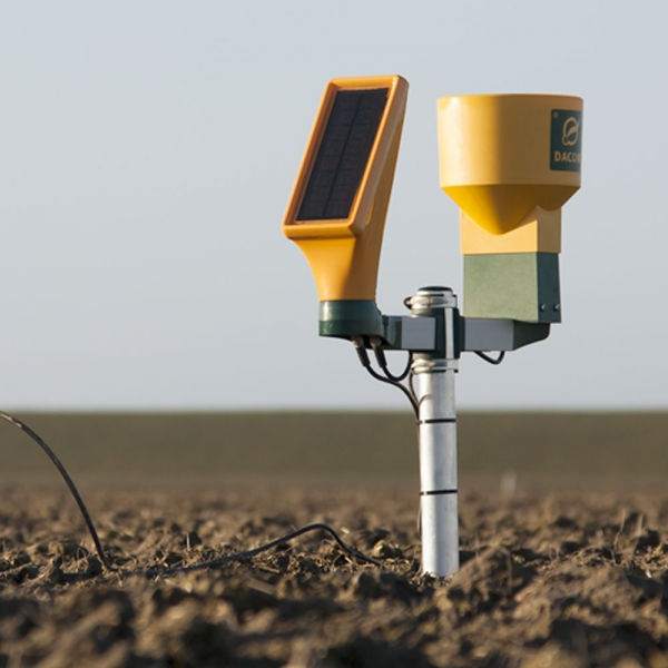 Dacom Sensetion weerstation in veld